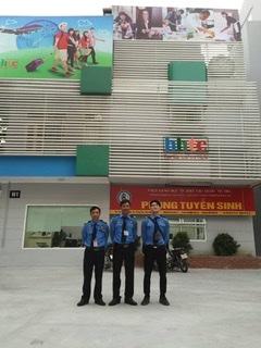 ông ty bảo vệ An Viên cung cấp Dịch vụ bảo vệ cửa hàng tại Hà Nội uy tín với đội ngũ bảo vệ luôn tận tâm, sẵn sàng ứng phó khi có trường hợp khẩn cấp, bảo vệ an toàn cho khách hàng và cửa hàng.